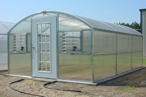 curved polycarbonate greenhouse